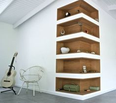 étagère d'angle à l'intérieur d'un mur / corner bookshelve inside the wall