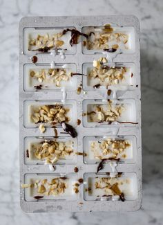 coconut chocolate caramel cashews pops I howsweeteats.com
