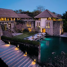 Amanusa Bali. Waouh ! Hum hum ! Amazing.