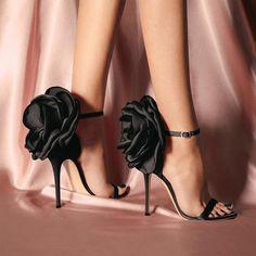 high heels – High Heels Daily Heels, stilettos and women's Shoes Floral High Heels, Black High Heels, Lace Up Heels, Green Heels, Super High Heels, Giuseppe Zanotti Heels, Zanotti Shoes, Womens High Heels, Beautiful Shoes
