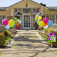 25 Cool Graduation Party Ideas Graduation Balloons Eye And