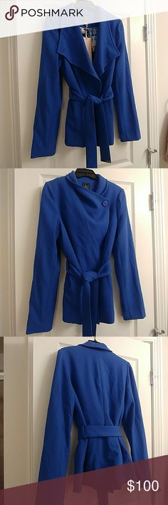 The Limited blue peacoat spring/fall jacket xs This blue jacket is brand new with tags exclusively from The Limited Luxe Collection. It is the most stunning blue color and has a pretty floral lining. Can be worn multiple ways with buttons and belt.😉 The Limited Jackets & Coats Pea Coats