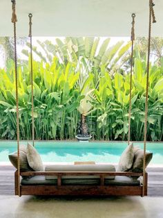 pool im garten ideen Bali is known for its luxury Villas with their extraordinary Interior Design. Bali Interiors opens the doors for you so you can peek in the Bali Villas Pool Porch, Backyard Pool Landscaping, Backyard Privacy, Backyard Designs, Screened Pool, Garden Privacy, Landscaping Plants, Landscaping Ideas, Bali Garden