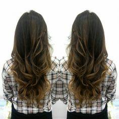 #hair #cabello #sunkissed #besosDeSol #color #miel #honey #hairdresser #hairstylist #estilista #peluquero #Panama #pty #axel #axel04 #picoftheday #mirrorphoto #multiplaza