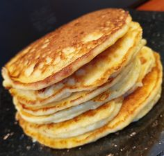 lavkarbomedhanne – Kyllingsuppen som får gjestene til å si mmmmmm. Easy Egg Recipes, Veggie Recipes, Low Carb Recipes, Real Food Recipes, Cooking Recipes, Breakfast Bake, Breakfast Recipes, Cottage Cheese Smoothie, Puff Pastry Desserts