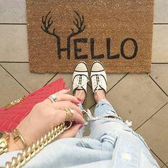 Amazing pic by @styledbykasey keep tagging #ihavethisthingwithtiles  _____________________________________________  #fwisfeed #feet #maioliche #lookyfeets #lookdown #selfeet #fwis #fromwhereyoustand #viewfromthetop #ihavethisthingwithfloors #viewfromthetopp #happyfeet #picoftheday #photooftheday #amazingfloorsandwanderingfeet #vsco #all_shots #lookingdown #fromwhereonestand #fromwherewestand #travellingfeet #fromwhereistand #tiles #tileaddiction #tilecrush #floor #vscocam #instatiles by…