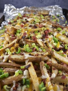 I have offered a few riffs on chili cheese fries in the past, but I usually focused on a meat-based chili topping and kept the fries pretty simple. Real Food Recipes, Cooking Recipes, Healthy Recipes, Healthy Dinners, Healthy Treats, Healthy Kids, Best Side Dishes, Side Dish Recipes, Main Dishes