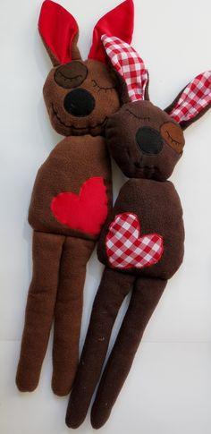 Kuscheltiere Ludwig und Frida, Kuschelhasen // plush toys by Mathilda-und-ich via dawanda.com