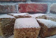 Πολύ ωραία γευστικη και μυρωδάτη κανελόπιτα Cornbread, Desserts, Cake, Ethnic Recipes, Krispie Treats, Rice Krispies, Food, Millet Bread, Tailgate Desserts