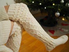 PITKÄT NEULOTUT SUKAT JOULUNA · Kristallikimara Leg Warmers, Needlework, Tights, Legs, Womens Fashion, Leg Warmers Outfit, Embroidery, Navy Tights, Dressmaking