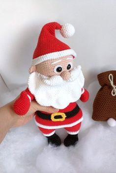 Irresistible Crochet a Doll Ideas. Radiant Crochet a Doll Ideas. Crochet Fabric, Crochet Crafts, Crochet Dolls, Hand Crochet, Crochet Projects, Craft Patterns, Crochet Patterns, Crochet Santa, Christmas Wreaths To Make