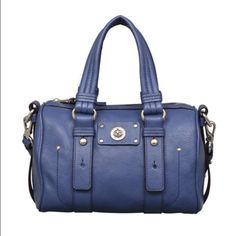 a3b909a3bcd Spotted while shopping on Poshmark  Marc Jacobs totally turn lock lil  shifty satchel!