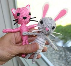 Kayla would have fun making these...heidiboyld.blogspot.com tutorial for stringdolls