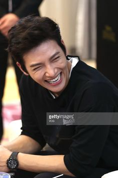 South Korean actor Ji Chang-wook attends a commercial event on September 2015 in Hangzhou, Zhejiang Province of China. Ji Chang Wook Smile, Ji Chang Wook Healer, Ji Chan Wook, Korean Star, Korean Men, Asian Actors, Korean Actors, Korean Dramas, Kpop