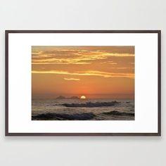 Sunset on water  #sunset #ocean #beachlife #beach #sea #natureinspiredgifts #colab55 #society6 #redbubble #senorcool #originaldesign #originalphotography #gifts #artprint #canvasprint #tshirt #travelmug #travel #squarepillow #totebag #bag #thediscreetpeacock #nature #natureisthebest #light  All original photography and artwork by Tatiana Br @ The Discreet Peacock. Visit… • www.thediscreetpeacock.com • www.facebook.com/thediscreetpeacock  Artwork may not be copied, modified, adapted or…