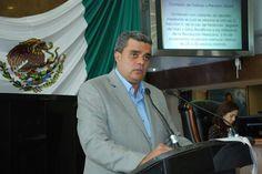<p>Chihuahua, Chih.- Esta tarde el diputado del Partido Verde Ecologista de México (PVEM), Alejandro Gloria dió lectura al dictamen en relación