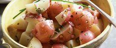 Friss, zöldfűszeres újkrumplisaláta: majonéz nélkül is nagyon finom - Receptek | Sóbors Potatoes, Vegetables, Food, Potato, Hoods, Vegetable Recipes, Meals, Veggies