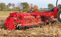 Knoche hat ein Spezialgerät zur Zerkleinerung von Maisstoppeln im Programm. Der Zünslerschreck Aktiv (ZLS-Aktiv-30) besitzt einen Halmschredder von Baß Antriebstechnik und soll die Halme schnell, energieeffizient und noch wirkungsvoller zerstören, damit der Maiszünsler keine Chance hat.