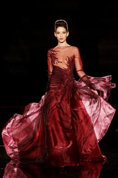 Couture Dresses Fashion Collection - Return of the Phoenix Burgundy Fashion, Red Fashion, High Fashion, Fashion Beauty, Couture Dresses, Fashion Dresses, Designer Gowns, Beautiful Gowns, Beautiful Things