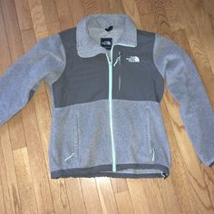 Women's Gray North Face Denali Jacket Size Small Worn a few times but in great condition! North Face Jackets & Coats