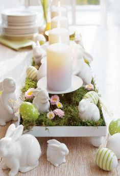 Beautiful Spring and Easter Dining Table Setting Dining Room Table Decor, Deco Table, Easter Table Decorations, Decoration Table, Easter Centerpiece, Spring Decorations, Easter Decor, Easter Party, Easter Crafts