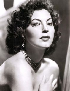 Scandals of Classic Hollywood: Ava Gardner, the Second-Look Girl - The Hairpin Hollywood Icons, Old Hollywood Glamour, Golden Age Of Hollywood, Vintage Hollywood, Hollywood Stars, Hollywood Actresses, George Hurrell, Look Girl, Up Girl