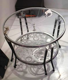 Home decoration upcycling Ideas with bicycle parts coffee table glass top