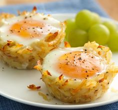FAREWELL DIET:)) Egg Topped Hash Brown Nests:: 1- box (5.2 oz) Betty Crocker® Seasoned Skillets® hash brown potatoes Hot water, salt and margarine called for on potato box 1/4 - cup Bac~Os® bacon flavor bits or chips, if desired 12- eggs 1 - teaspoon salt 1/2 - teaspoon pepper