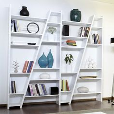 Tema Delta Bookshelf