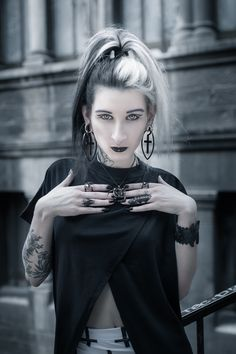 #allblackeverything with Mellifere wearing her 'Witchcraft' pendant, 'Huntress', 'Embrace', 'Coven' and 'Phase' rings from www.trickery.com.au 🔮 #witch #nugoth #accessories #jewelry #goth #gothgirl #rings