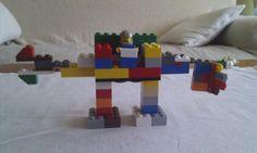 Mini robot de ataque