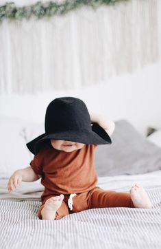 too little for their cute hat via @deuxpardeuxKIDS