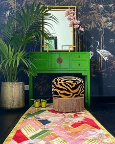Mood Board Interior, Apartment Interior Design, Diy Interior, Interior Design Living Room, Colorful Decor, Colorful Rugs, Bohemian Chic Decor, Chinoiserie Wallpaper, Glam Room