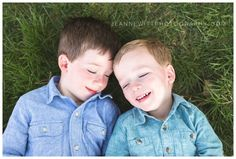 photos of brothers; sibling poses; brother poses; child photography