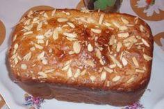 Jak upéct mazanec v domácí pekárně   recept   JakTak.cz Baked Potato, Sweet Recipes, Grilling, Bread, Baking, Ethnic Recipes, Food, Baguette, Easter