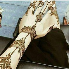• @ebda3_emaratyah @ebda3_emaratyah #حناء#حنايات#الحناء#رسم#نقش#فن#موضه#ديزاين#الامارات#ابوظبي#مشاركه#دبي#تصويري#عدستي#العين #صالونات#ذهب#عروس#فساتين#عبايات# #قطر#البحرين#عمان#heena#henna_art#design#uae#mehemdi#hudabeauty#jumeirah