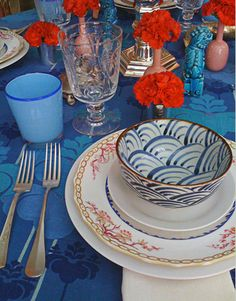 Chinoiserie Chic: Red, White, and Blue Chinoiserie