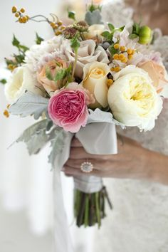 spring wedding bouquet // photo by Chudleigh Weddings // bouquet by Blooms and Co.