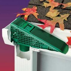 Place this wedge where the gutter meets the downspout. Flowing water will push leaves up the Gutter Wedge and out of the gutter, preventing downspout clogs. Drain Français, Trailer Casa, Gutter Screens, Gutter Drainage, Drainage Solutions, Drainage Ideas, Yard Tools, Home Repairs, Home Projects