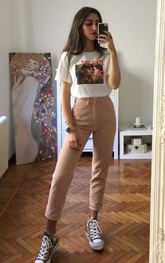 Musa do estilo: Mari Malibu - Guita Moda - Outfit Ideen Cute Casual Outfits, Edgy Outfits, Mode Outfits, Retro Outfits, Simple Outfits, Vintage Outfits, White Converse Outfits, Vintage Fashion, Teen Fashion Outfits
