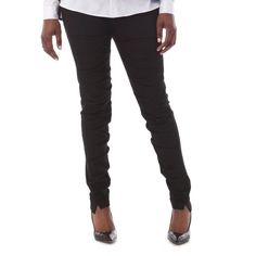 A super versatile unisex slim pant with a ruched front for a more relaxed feel and textured appearance.