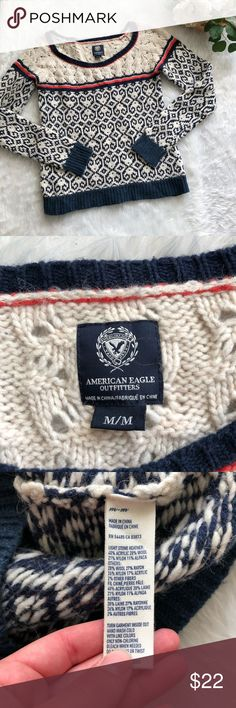 American Eagle Knit Sweater This Sweater is in great condition!  Size medium!  Great with skinny jeans!  Pit to pit is approx 19 inches  Length is approx 23 inches  Smoke and pet free home! No flaws like stains or holes! No modeling No trades! American Eagle Outfitters Sweaters Crew & Scoop Necks