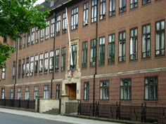 About Royal Veterinary College Veterinary Colleges, London University, Places Ive Been, Multi Story Building, Amy, Travel, Viajes, Destinations, Traveling