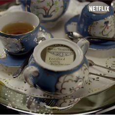 Baudelaire Children, Les Orphelins Baudelaire, A Series Of Unfortunate Events Quotes, Disney Princesses And Princes, Lemony Snicket, Netflix Originals, Netflix Series, Bibliophile, Olaf
