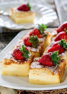 Το magic cake βανίλιας έχει τρελάνει τα τελευταία χρόνια τους pastry lovers και όχι άδικα! Είναι ένα εύκολο κέικ με διαφορετικές υφές… Η μαγεία συμβαίνει σ