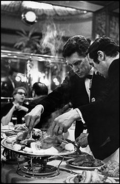 PARIS—Bofinger restaurant, 1969. © Henri Cartier-Bresson / Magnum Photos