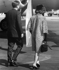 Jackie O. leopard coat #style