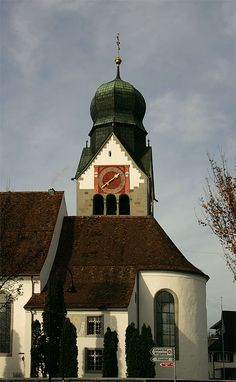 #Kirche in #Baar European Countries, Hiking Trails, Alps, Switzerland, Places Ive Been, Germany, Italy, Country, House Styles