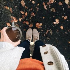 🎃Photos are not mine unless stated🎃 👻Cozy Vibes👻 🍂Autumn is back🍂 Fall Pictures, Fall Photos, Autumn Cozy, Fall Winter, Fall Days, Autumn Harvest, Harvest Time, Autumn Aesthetic, Autumn Photography
