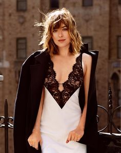 #DakotaJohnson  http://best50shadesofgreyblog.com
